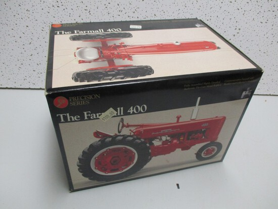 FARMALL 400, PRECISION (NIB)
