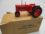1990 LOUISVILLE FARM SHOW A/C TRACTOR