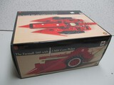 FARMALL 560 W/MOUNTED PICKER 2-MH, PRECISION (NIB)
