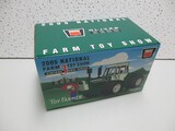 2005 OLIVER 2655 TOY SHOW EDITION TRACTOR (NIB)