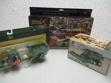 CHRISTMAS LIGHTS, JD 9750 COMBINE, 1/64 SCALE TRACTOR AND GRAIN CART