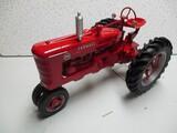 FARMALL M 1/8 SCALE (FARM PROGRESS 1995) (NIB)