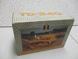 IH T-340 CRAWLER (2001 TOY TRUCK AND CONSTRUCTION SHOW) (NIB)