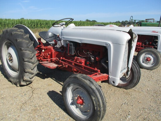 6401-FORD TRACTOR JUBILEE