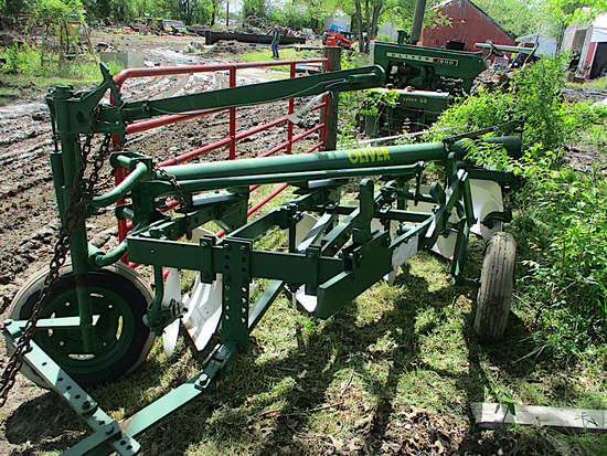 14304-OLIVER PIPE PLOW