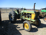 11820-JD 1010 TRACTOR