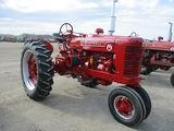 13715-FARMALL SUPER  M TRACTOR