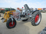 13732-SILVER KING TRACTOR