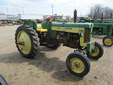 13811-JD 430 W TRACTOR