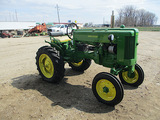 13818-JD 40 TRACTOR