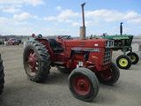 13901-IH 684 TRACTOR