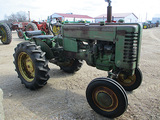 13919-JD M TRACTOR