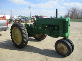 13945-JD 40 TRACTOR