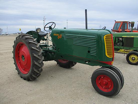 12548- OLIVER 88 ROW CROP