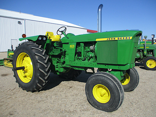12744-JD 4620 TRACTOR