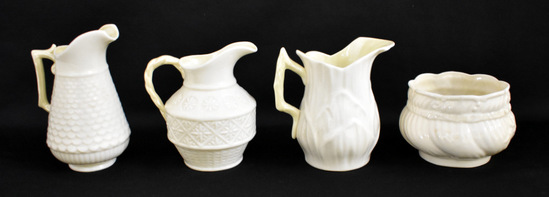 FOUR PIECES OF BELLEEK PORCELAIN CHINA