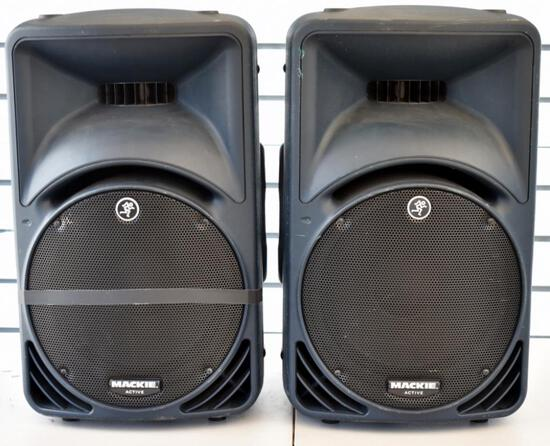 TWO MACKIE SRM450 ACTIVE SPEAKERS