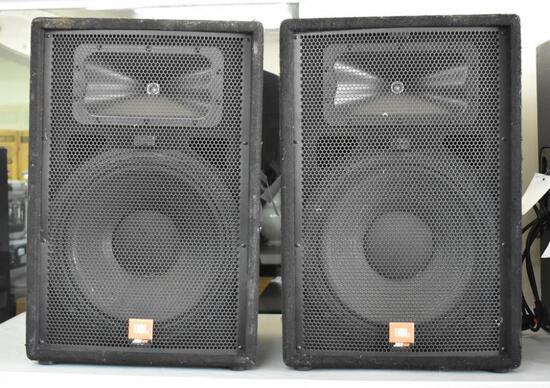 TWO JBL JRX115 SPEAKERS