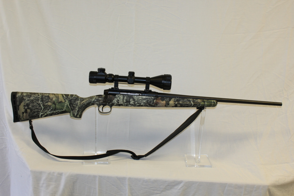 Lot: SAVAGE AXIS BOLT ACTION RIFLE, SN:J162937, 22-250 REM