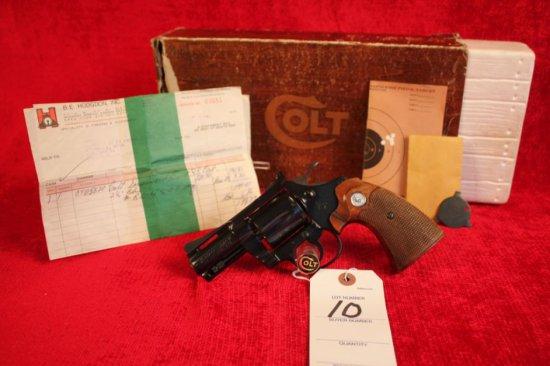 """10. 1977 Colt Diamondback .38 Spl, 2½"""" Barrel, Royal Blue, Complete, Target Grips, SN: R04507"""