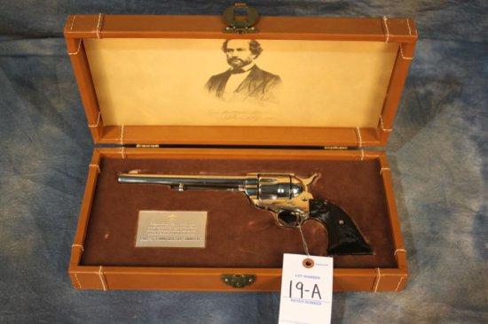 19A. Colt SAA .44-40 Peacemaker Cent, Nickel, NIB SN: 1915PC