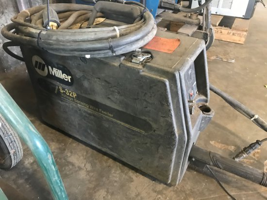Miller S32P Suitcase Wire Feeder