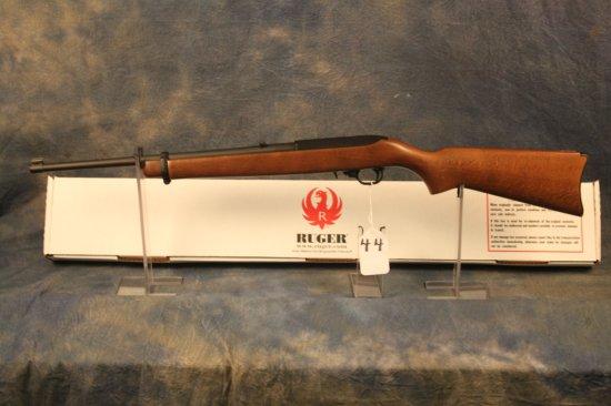 44. Ruger 10/22 Matte & Wood Stock, Duplicate Serial, SN:D352-32329