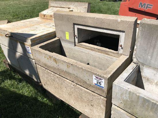 26. Single-Sided Concrete Livestock Water Tank CN: 48 39