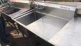 1 Tub Sink