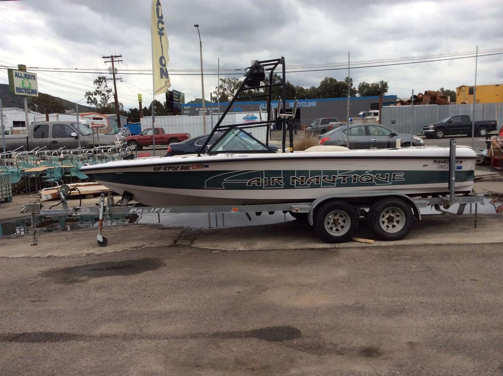 1999 Air Nautique 21 ft Wake Board Tow Boat With V8 5.8L**VIDEO OF BOAT RUNNING IN DESCRIPTION**