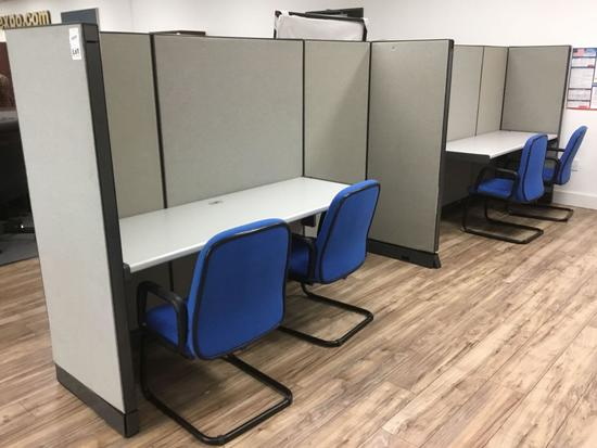 17 ft. Double Cubicle w/4 Chairs