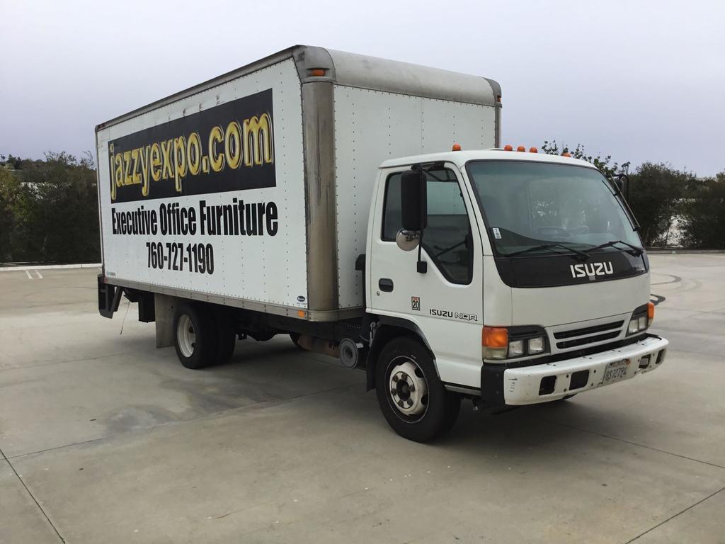 2004 Isuzu 18ft. NQR Diesel Box Truck , lift gate