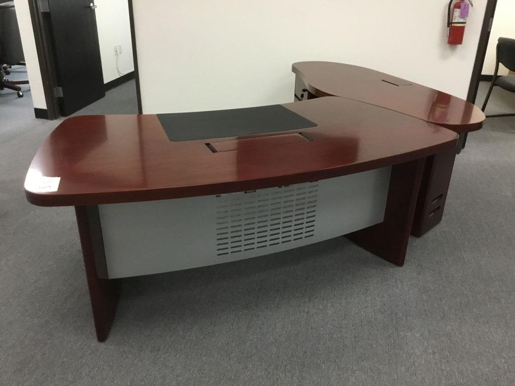 62in. San Francisco Desk w/ Side Return Wing