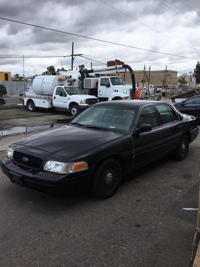 2003 Ford Crown Victoria Police Interceptor***FOR DEALER OR EXPORT ONLY***REVERSE GEAR ONLY***