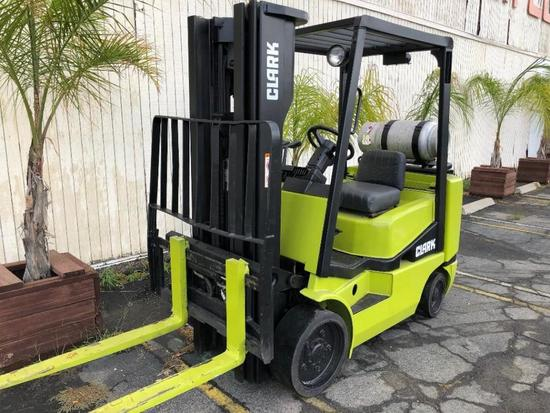CLARK PROPANE POWERED 5,000 POUND CAPACITY FORKLIFT