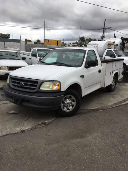 2002 Ford F-150 with Service Body
