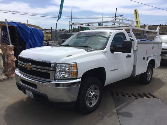 2012 Chevrolet Silverado 2500 HD Work Truck with Knappheide Service Body***FOR DEALER OR EXPORT ONLY
