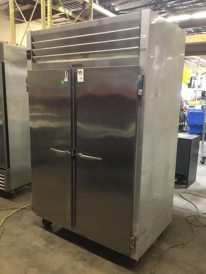 Traulsen 46 cubic ft. Stainless Steel 2-Door Reach In Commercial Freezer***GETS COLD***