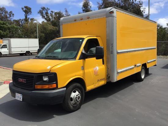 2010 GMC Savana 3500 17ft. Box Truck***FOR DEALER OR EXPORT ONLY***