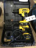 (2) Dewalt 18v/12v Cordless Battery Operated Electric Portable Handheld Power Drills