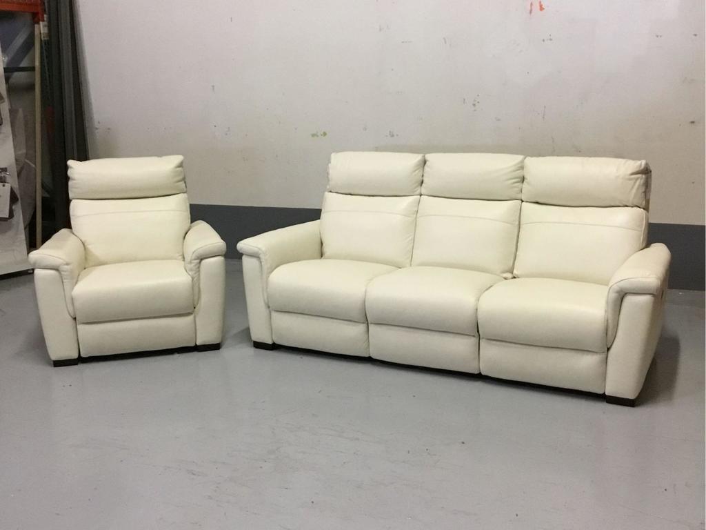 Violino Power-Reclining Torello White Leather Sofa w/Matching Power-Reclining Chair
