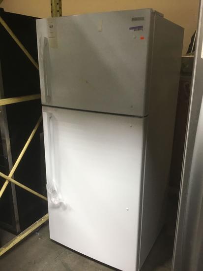 Insignia 18.1 Cu. Ft. Top Freezer Refrigerator