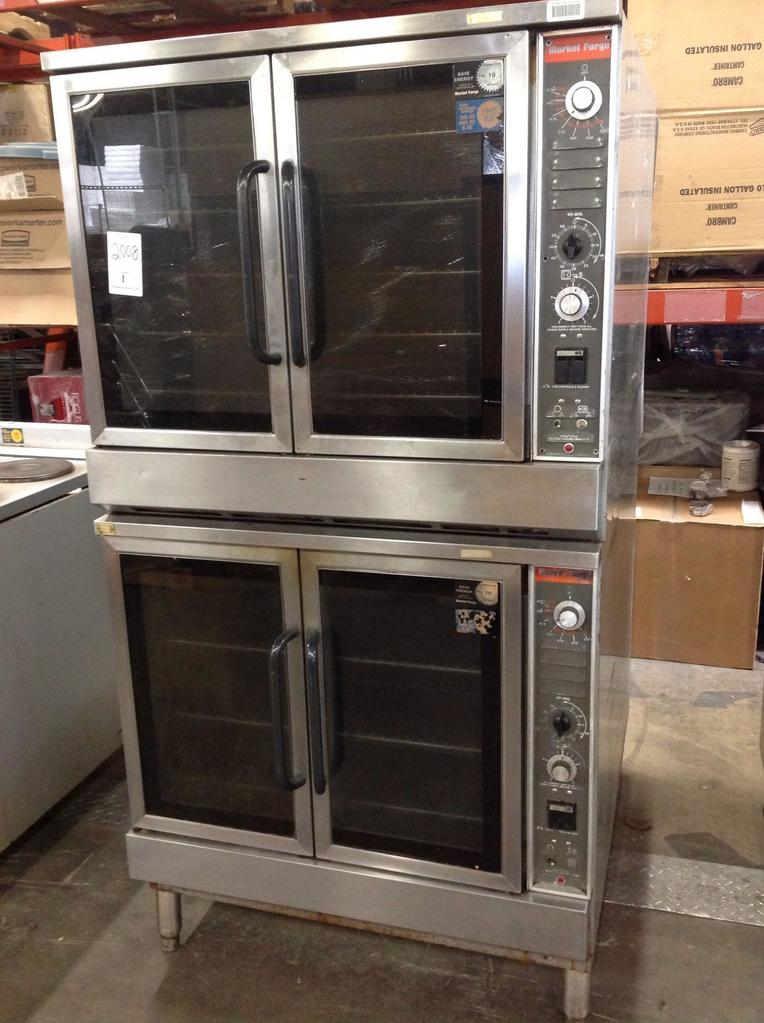 (1)Market Forge. Double oven. Gas. On legs. Dist#A86341. C000132697.