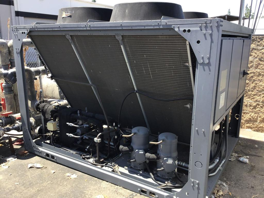 TRANE Air-Cooled 40 Ton Total Chiller