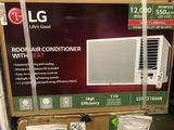 LG 550 sq.ft. Window Type Room Air-Conditioning With Heat