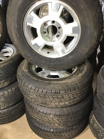 (4) 17in Ford F-150 Wheels