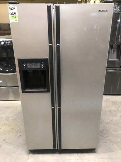Samsung 22 cu. ft. Counter Depth Side By Side Refrigerator