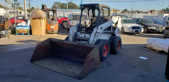 2005 BobCat S220 Turbo with High Flow and 78in. Smooth Utility Bucket