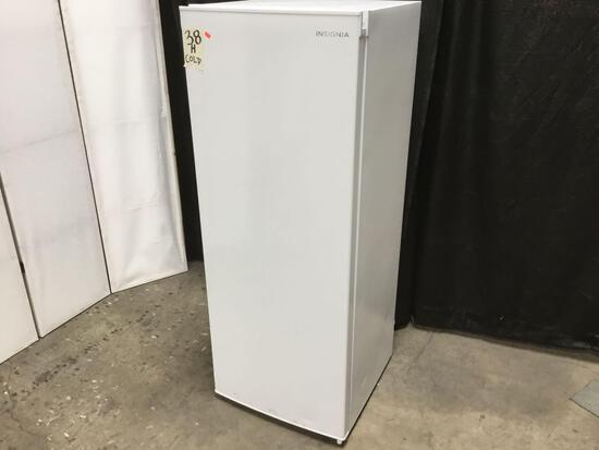 Insignia 5.3 cu. ft. Upright Freezer