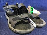 Khombu Mens Size 10 Sandals in Grey/Black